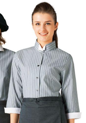 ライトグレーの着用例