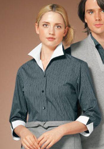 ダークグレーの着用例