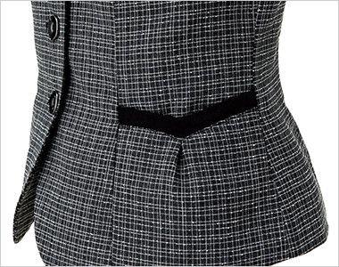 EAV684 enjoy 大人テイストに着こなせるツイード調の愛らしいベスト ハートモチーフのポケット